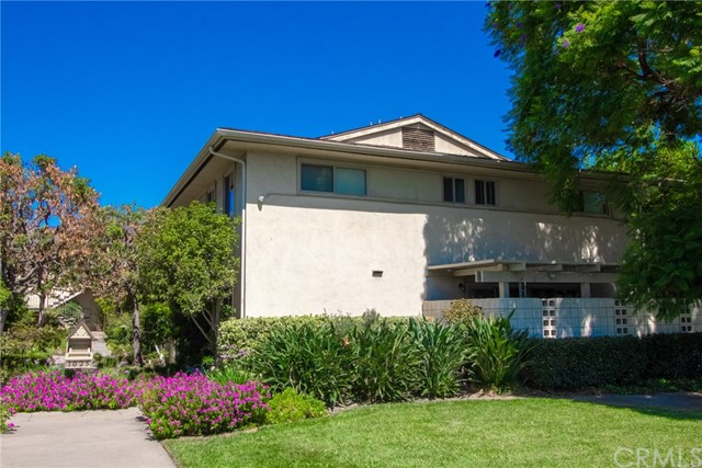 Photo of 1025 W Huntington Drive #D, Arcadia, CA 91007
